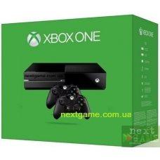 Xbox One 500Gb + дополнительный джойстик